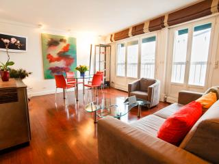 Bastille Boutique Flat. Quiet Central Paris 1BR, Parijs