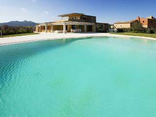 Villa Sea Large