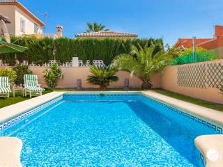 FANTASTIC LOFT VILLA WITH PRIVATE POOL IN DENIA, Els Poblets