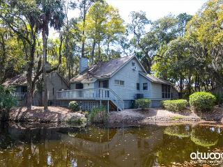Turtle Pond - Pet Friendly Resort Cottage