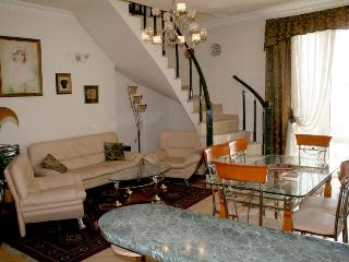 Cascade Area Apartment, Yerevan