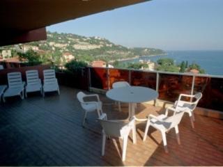 Apartment at the doors of Monaco
