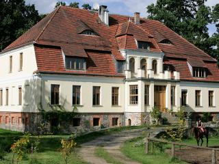 Nawino Manor B&B 25€ day/pers, Bialogard