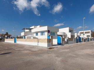 314 Casa con Ampio Giardino, Pescoluse