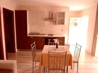 Apartment Annie 2****, Rogoznica