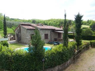 Villa singola immersa nel verde delle colline, Castellina Marittima