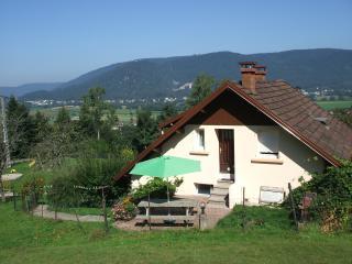 maison Elodie avec  salon de jardin, barbecue et jardin privatif (5 à 6 personnes)