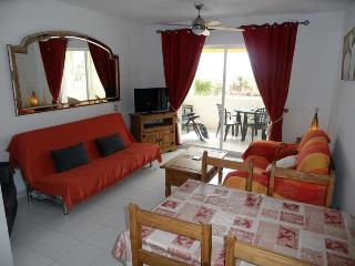 Las Mimosas Apartment 121. 1 Bedroom apartment with sea views, 400m to beach