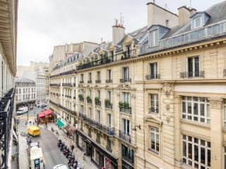 Style, Luxury and an Ideal Paris Location!, Clichy