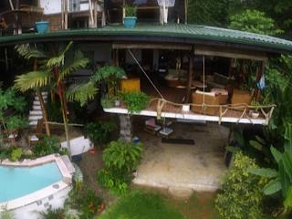 Large w/COOL TreeHouse/Beach/Pool/Ocean View/12ppl, Puerto Jimenez