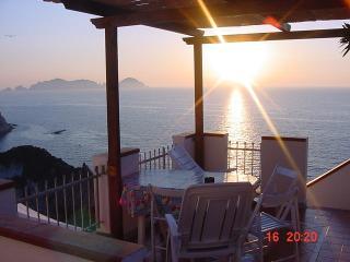 Casa del Gelso, Ponza Island