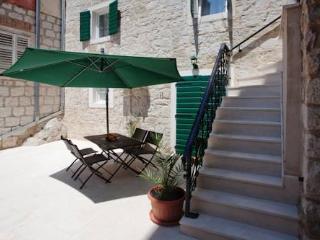 MONROE Villa Erede, Split