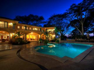 Casa de Leon - Private, gated community close to the beach! - San Pancho