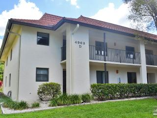Secluded two bedroom top floor condo with sunny southern exposure, Naples