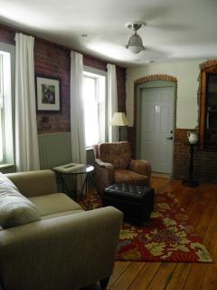 Upper Apartment | Lounge