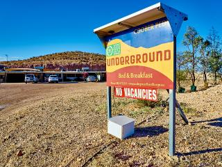 Underground Bed & Breakfast, Coober Pedy