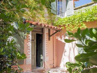French Villas, Marseillan