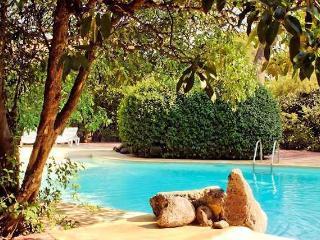 Domaine de Beaumont French villas for rent, Marseillan