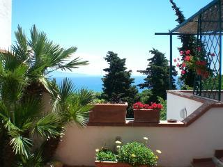 Villa terrazzata vista mare a san felice circeo, San Felice Circeo