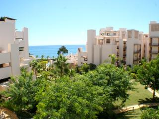 Modern Sea View Apartment in Bahia de la Plata, Estepona
