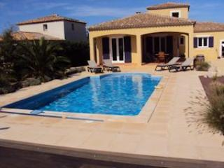 Marseillan holiday home, France, near beach