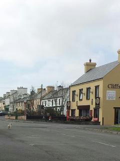 Liscannor village with pubs, restaurants, and hotel.