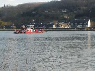 Chaumiere Bord De Seine