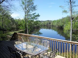 THE RIVER HOUSE, St. Marys River with 50' Dock, Hilliard