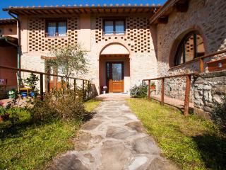 Mugello Vacanze Appartamenti Indipendenti, Scarperia e San Piero