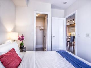 Mary-am Suites - Cozy 1bd apartment.300 Front St W, Toronto