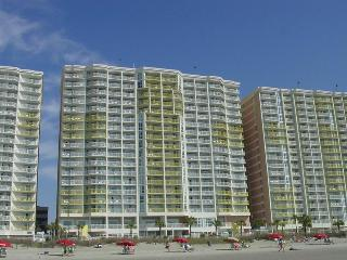 2BR Oceanfront Condo Beautiful Oceanfront View, North Myrtle Beach