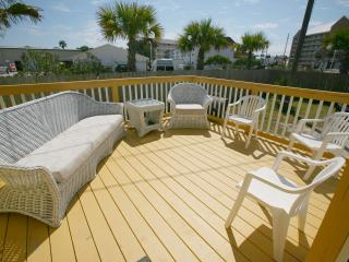 Three Bedroom Petite Retreat Dog Friendly, Panama City Beach