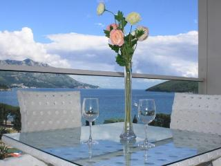 Luxury Apartment in Tre Canne, Budva