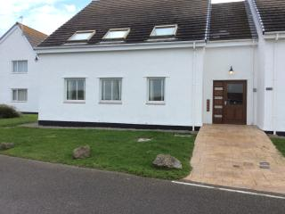 Driftwood 3 bedroom ground floor holiday home