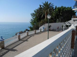 Quiet street leading to Carabeo, excellent vafes, bars and restaurants very close by