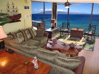 Elegant Corner Mahana 2 King Luxury Oceanfront