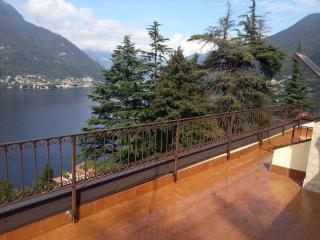 Lago di  Como Appartamento con terrazzo vista lago, Faggeto Lario