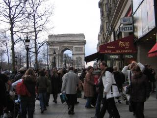 Your Home In The Heart Of Champs Elysees !, Paris