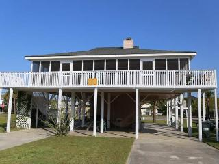 2306 Palmetto Blvd - 'Shell Castle', Edisto Island
