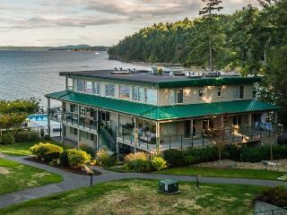 Last Minute Deals ! Oceanfront Living in New Condo, Nanaimo