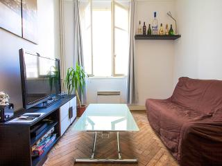 In heart of Nice, 50 meters from beach, Nizza