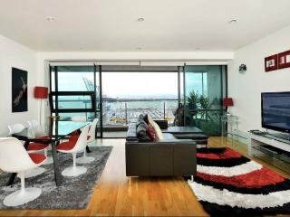 Luxury Apartment : Stunning Views : Funky Location, Auckland Central