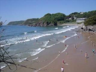 3A Beachside apartment at Caswell Bay on the Gower, Swansea County