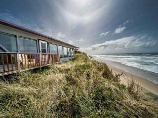 Accessible Oceanfront Home Near Beach Access in Roads End