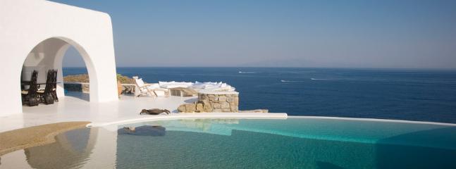 6-Bedroom VIP Villa, Mykonos