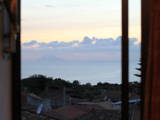 Villa Basilio Accommodation Penthouse Apartment 3 km to the sea, Capo Vaticano