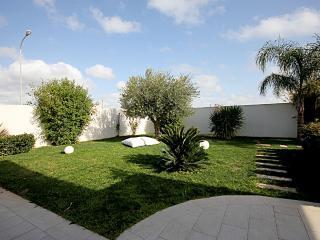 villa MAULLI moderna con giardino e verande, Marina di Ragusa