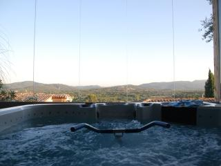 Jacuzzi and aquabike with panoramic view
