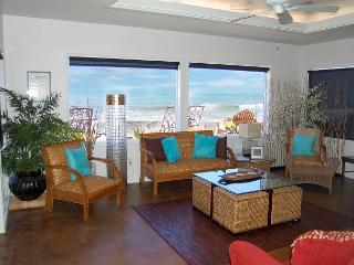 PRICES SLASHED!! Beach House on the Sand! Sleeps 9  #601, Dana Point