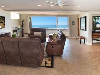 Modern New Beach Home Right on the Sand! Sleeps 9 - 093L